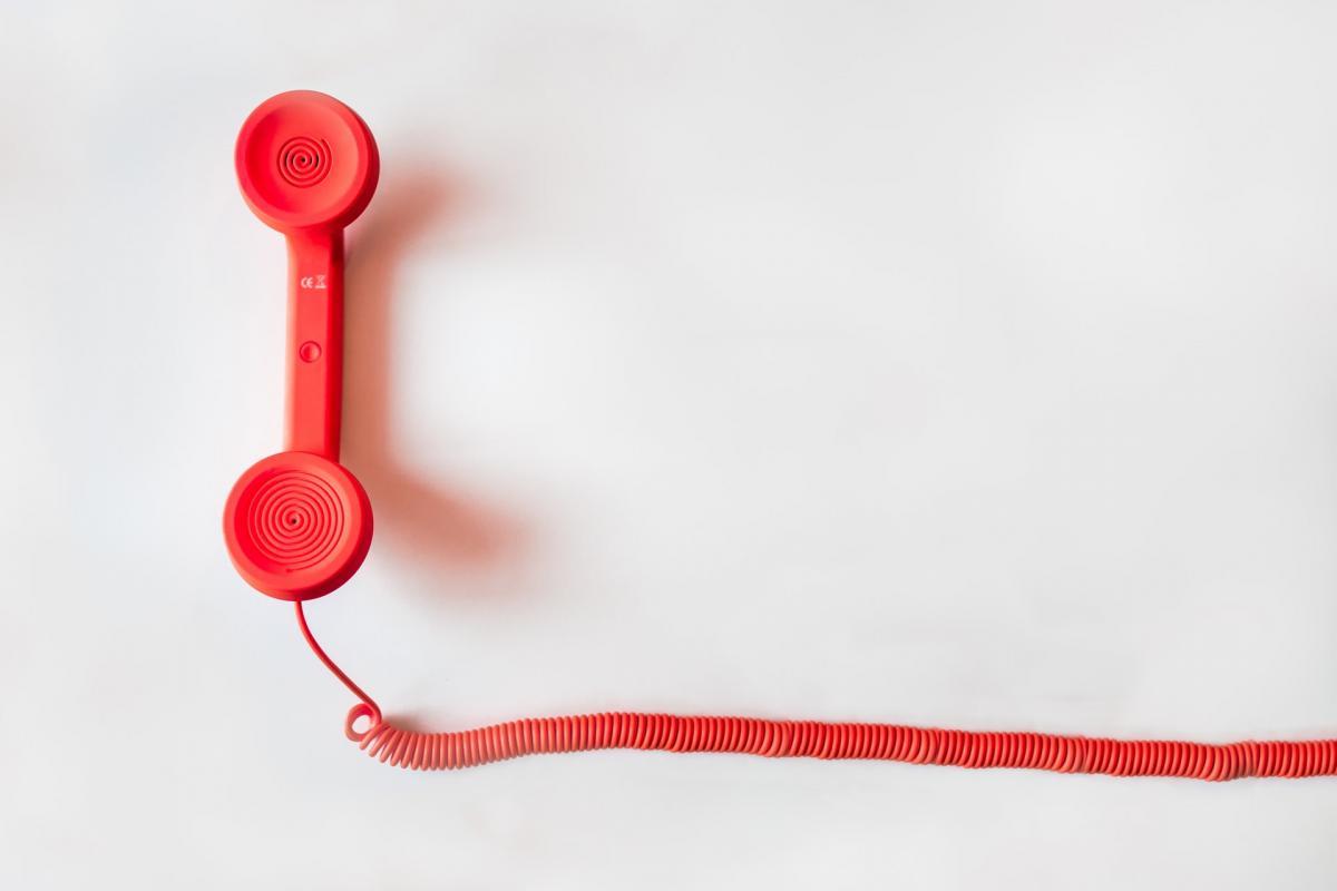 Moet ik mijn abonnement verplicht telefonisch opzeggen?